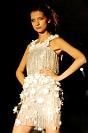 Fotografia mody: pokaz Georges Chakra, biała sukienka