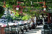 Fotografia wnętrza: grecka tawerna