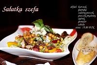 Fotografia żywności dla restauracji: sałatka szefa